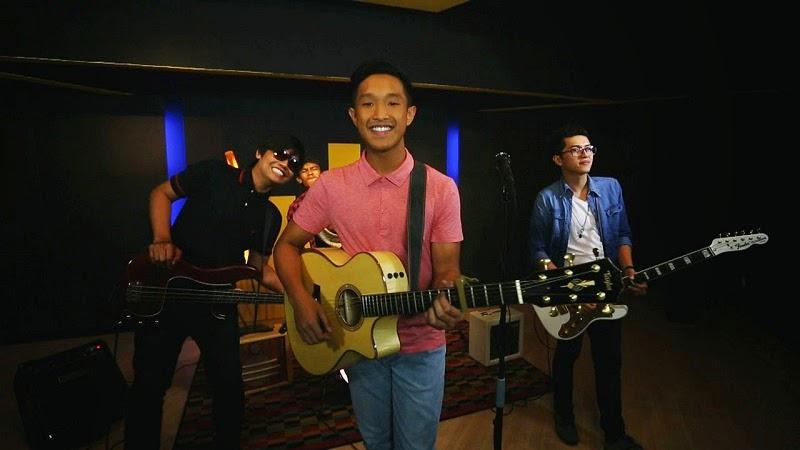 Senyum Aziz Harun Faizal Tahir lagubestbest