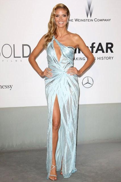 Heidi Klum in an Atelier Versace gown at Cannes, amfAR Gala 2014