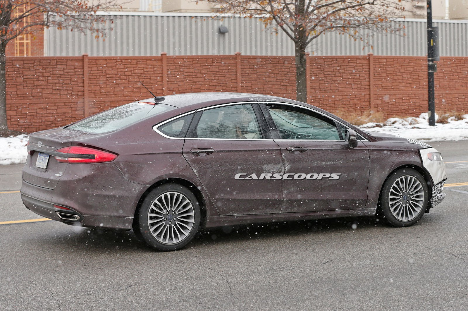 2017 ford fusion scooped with less camo ahead of detroit debut carscoops. Black Bedroom Furniture Sets. Home Design Ideas