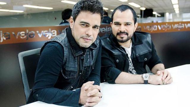 Em entrevista exclusiva à veja.com, Zezé Di Camargo e Luciano revelam suas raízes musicais (Foto: Veja.com/Reprodução)