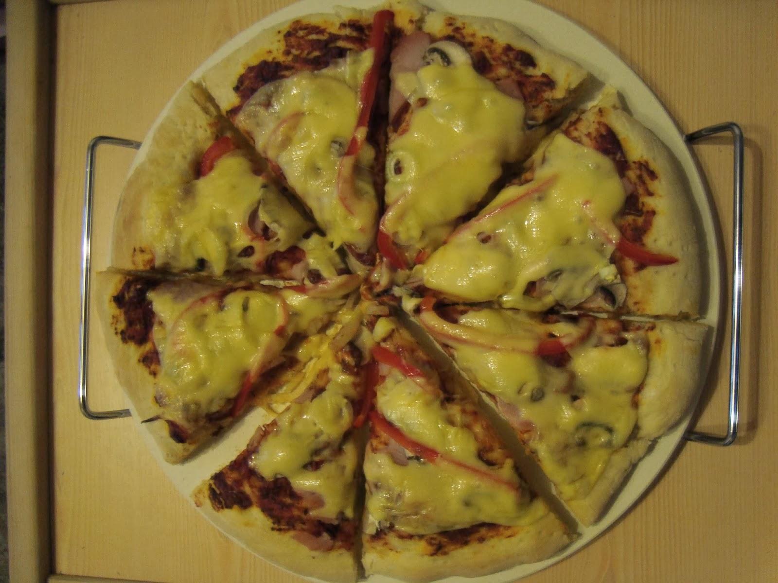 pizza na kamieniu, kamień do pieczenia pizzy
