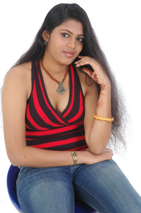 spicy movie aridharam sangeetha hot photoshoot