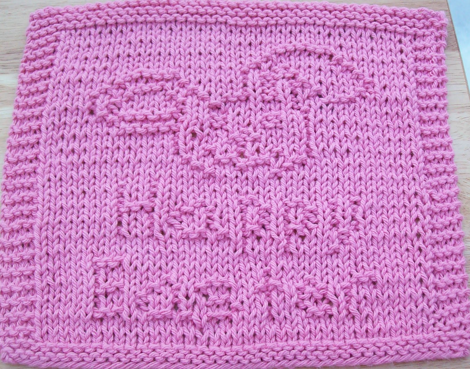 Knitted Dishcloth Patterns For Easter : DigKnitty Designs: Happy Easter Bunny Knit Dishcloth Pattern