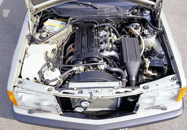 Mercedes 190 - por razaoautomovel.com Mercedes-Benz-190E_1984_1024x768_wallpaper_5e