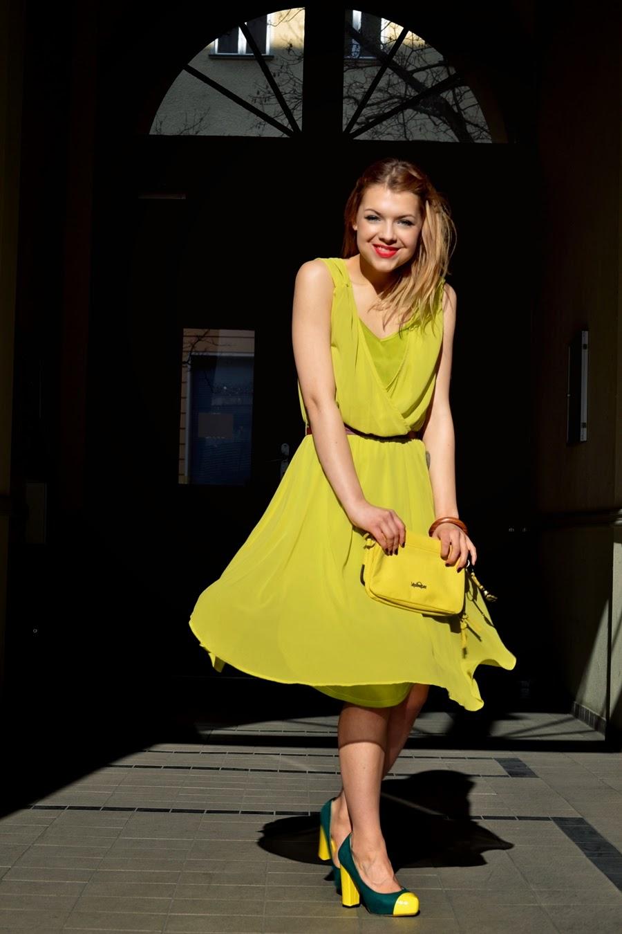 jasmin founder of myberlinfashion wearing ichi