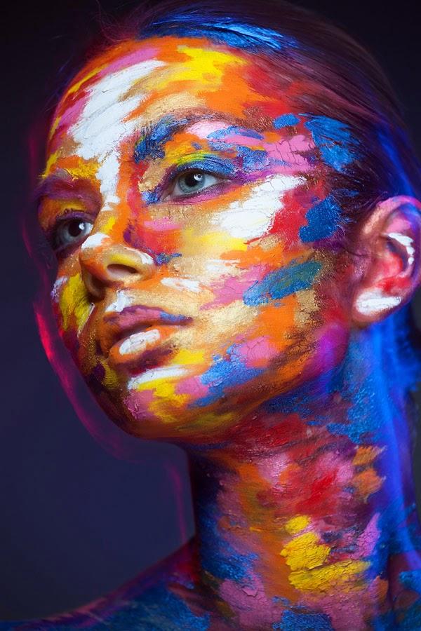 2D or not 2D: Photos by Alexander Khokhlov