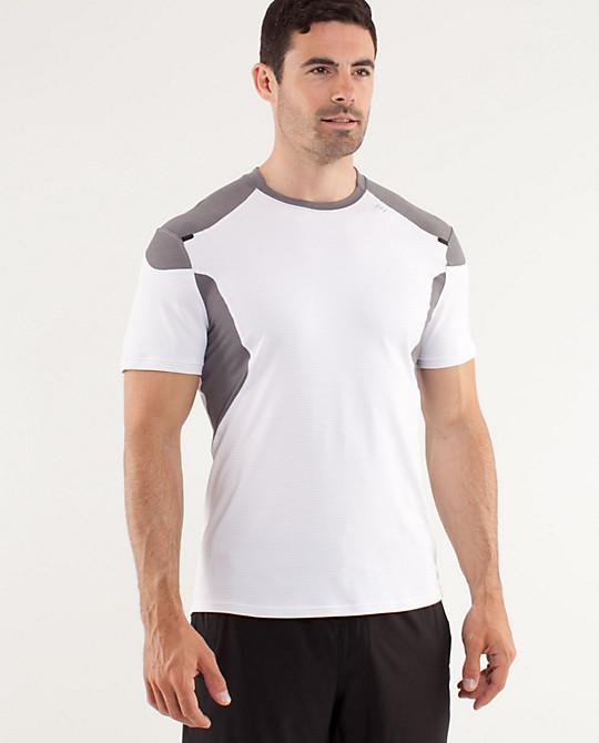 Lululemon addict nice men 39 s light as air tech ii shirt for Nice shirts for men