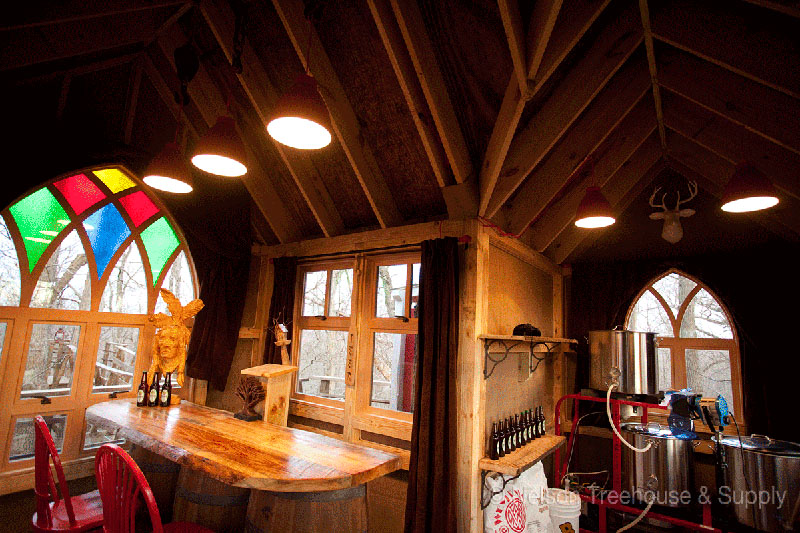 its a treehouse its a brewery its the treehouse brewing company - Treehouse Masters Tree Houses Inside