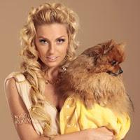 Саша Савельева с собачкой