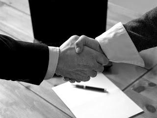 Perjanjian yang bersifat khusus (treaty contact) yaitu