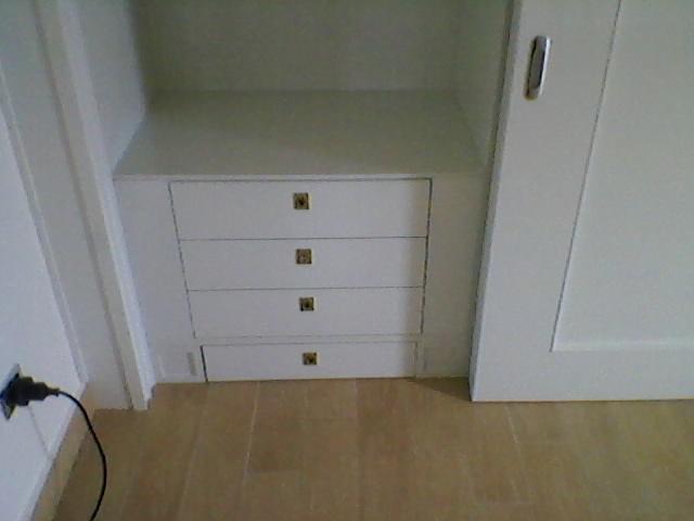 Ilvecchioartigiano armadio camera da letto laccato bianco for Armadio camera da letto ante scorrevoli