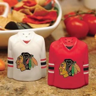 Chicago Blackhawks NHL Gameday Ceramic Salt & Pepper Shakers