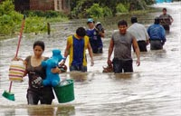 Heavy rains in Bolivia affects normal live