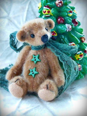 http://www.bright-star-promotions.com/OnlineShow/BearBlitzDecember2015OnlineTeddyBearShow.htm