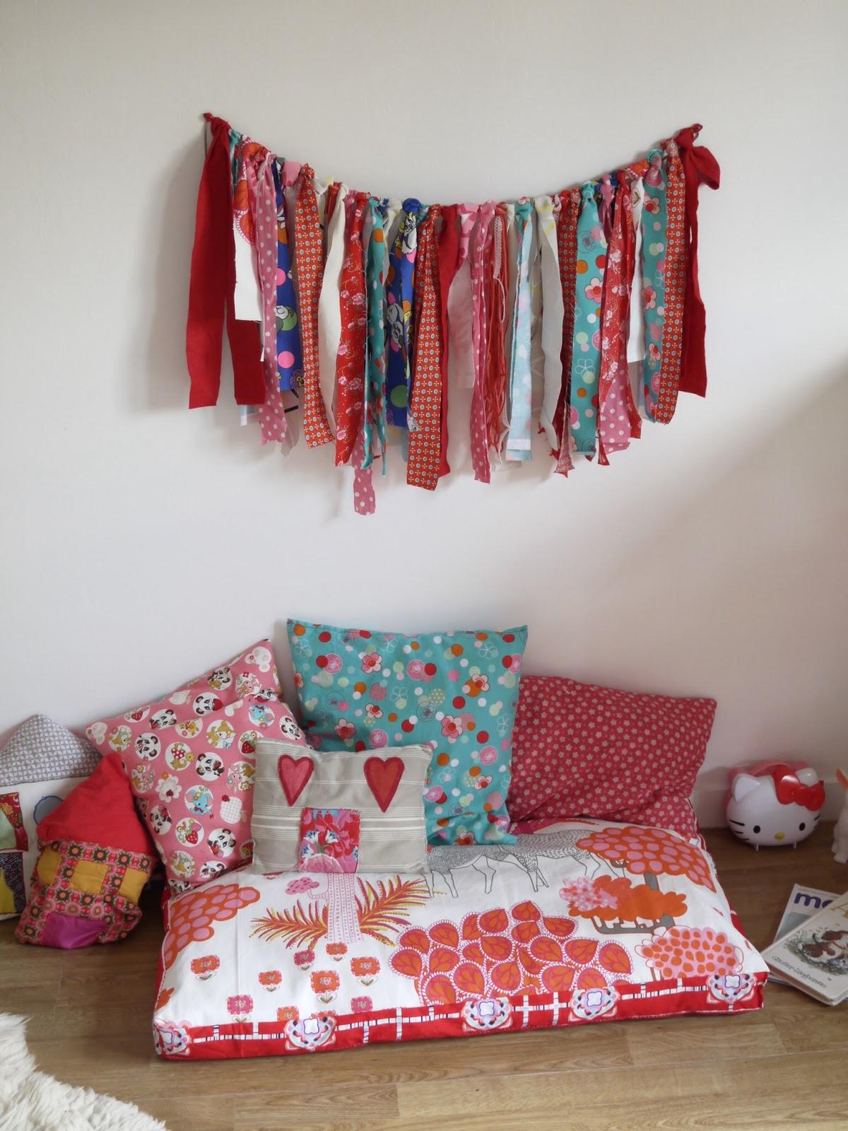 deco manga japonais deco chambre japonaise cliquez ici with chambre style japonais deco chambre. Black Bedroom Furniture Sets. Home Design Ideas