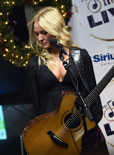 Jewel Kilcher – SiriusXM Acoustic Christmas