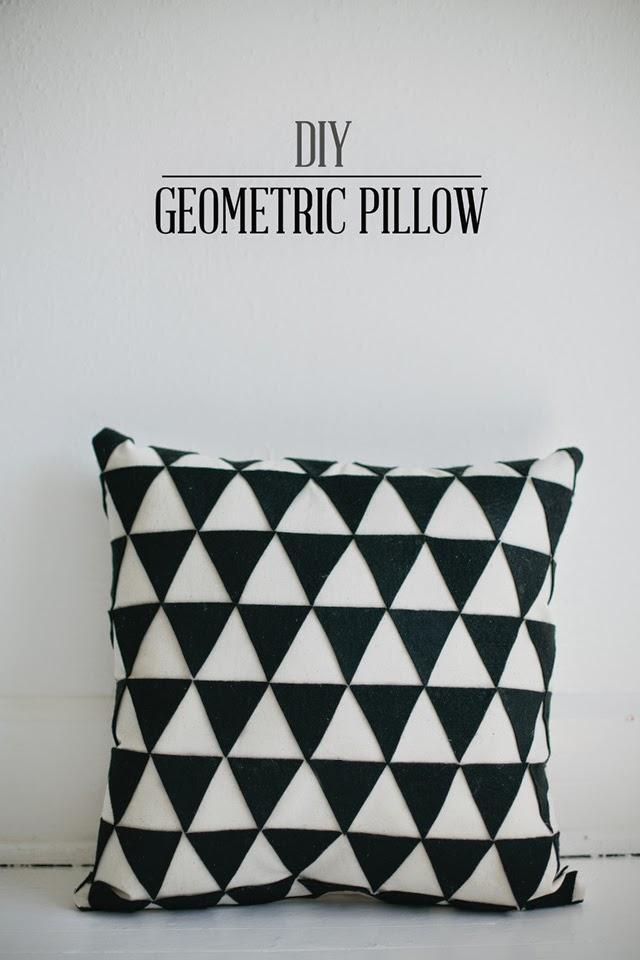 http://vanillaandlace.blogspot.com/2012/09/diy-geometric-pillow.html