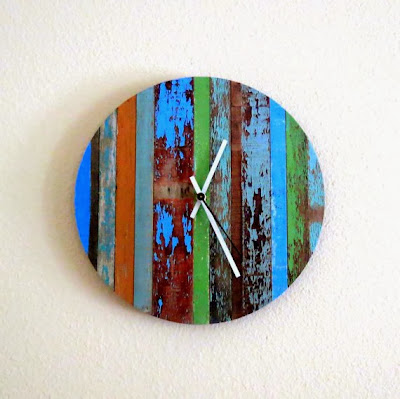 https://www.etsy.com/listing/159370120/rustic-chic-wall-clock-barn-wood-decor?ref=favs_view_1