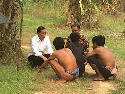 Jokowi Jadi Presiden Pertama yang Kunjungi Suku Anak Dalam