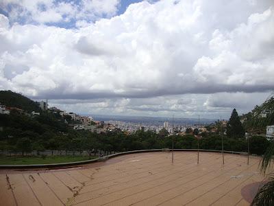 O belo horizonte que dá nome à capital de MInas Gerais