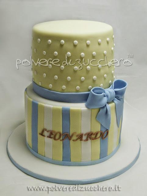 passo passo: una torta battesimo elegante per un maschietto