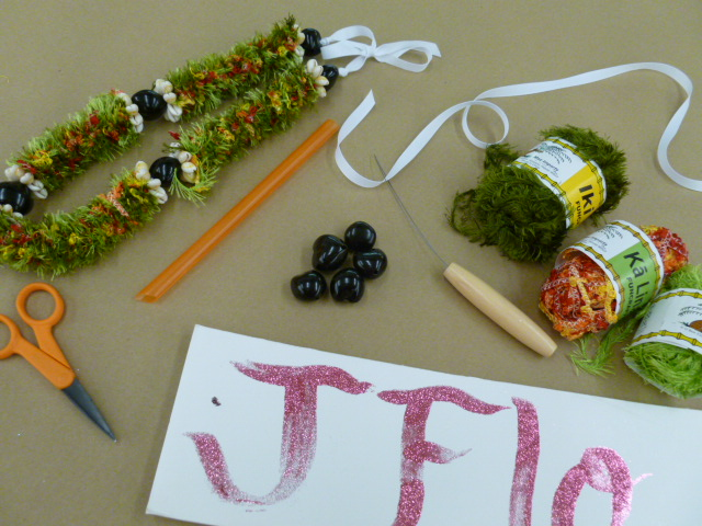 Ideas And Inspirations Crankin Out Crafts Episode 84 Straw Lei