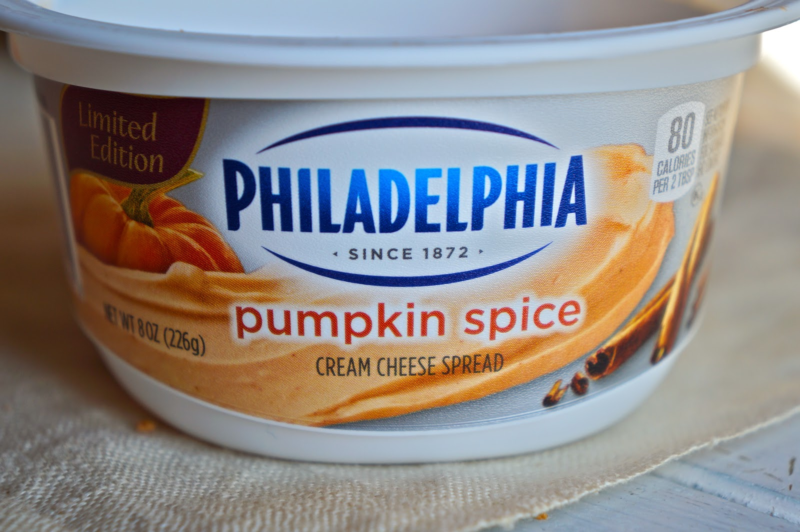 pumpkin spice cream cheese spread