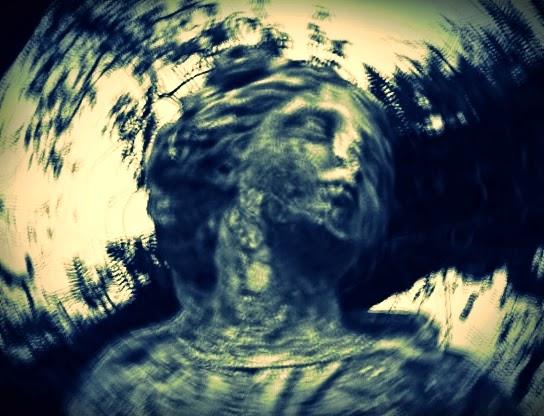 Poesia expressionista, fotografia, o grito da coruja