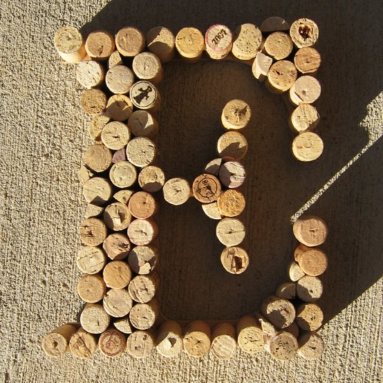The bloomin 39 couch cool craft ideas with old wine corks - Crafts made with wine corks ...