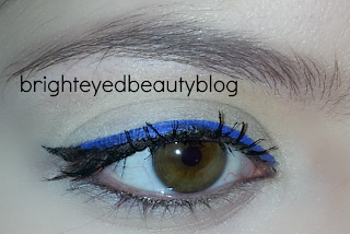 Bright blue and black ombre eyeliner look