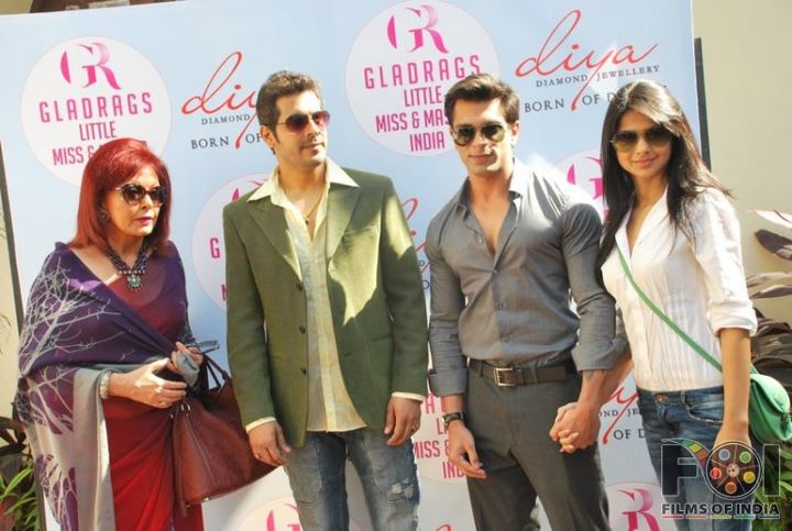 Karan Singh Grover with Indian Girls
