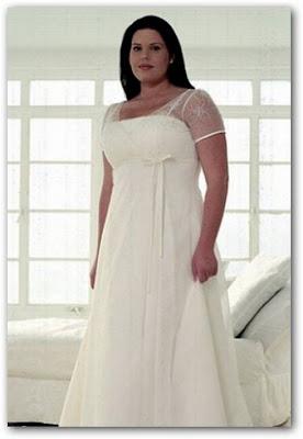 Vestido de boda con torera de gasa