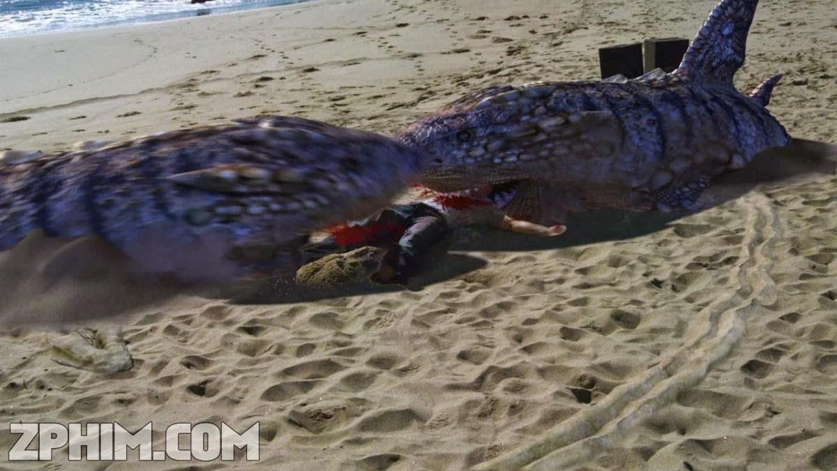 Ảnh trong phim Cá Mập Cát - Sand Sharks 2