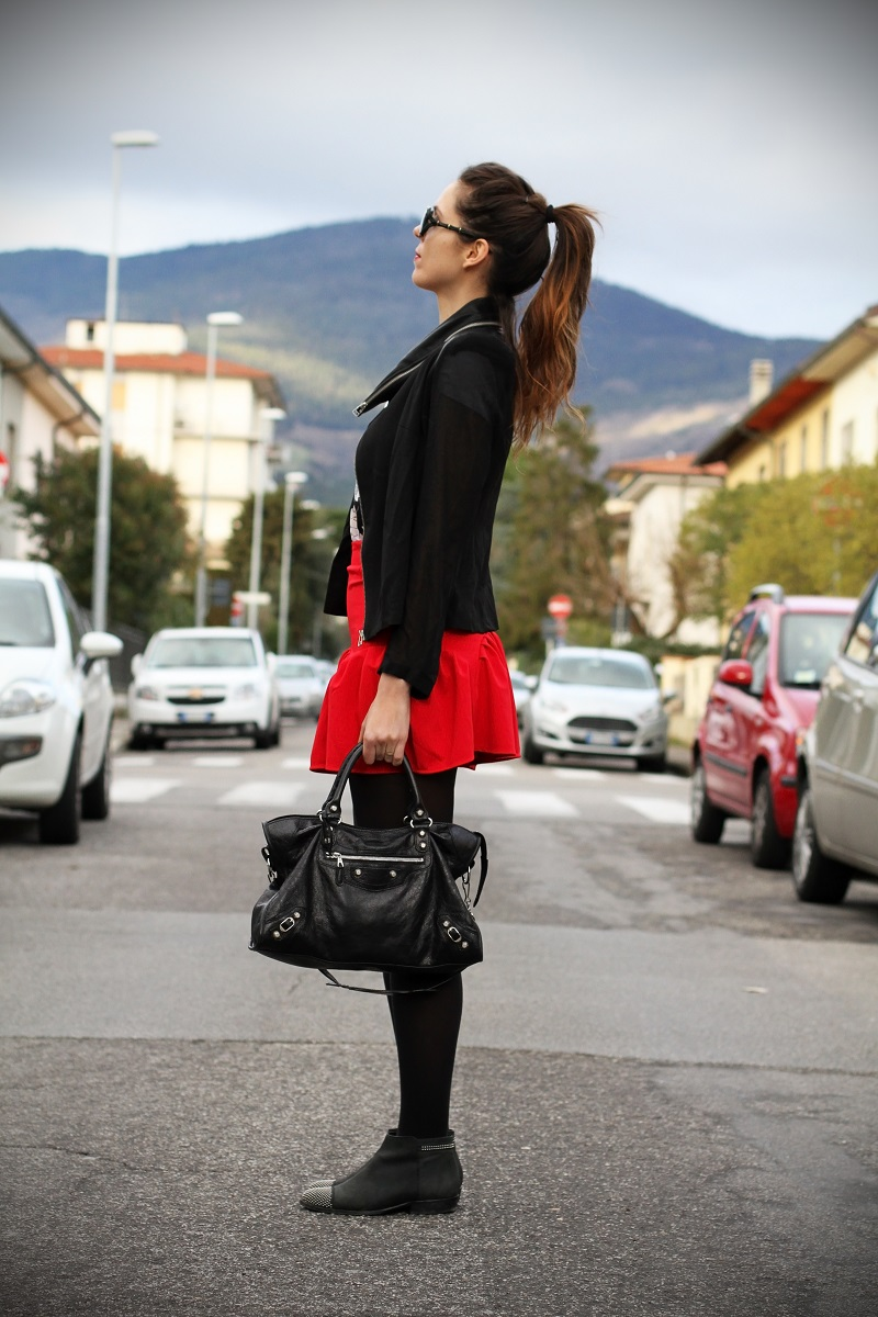 irene colzi fashion blogger outfit casual occhiali gucci gasmy balenciaga look streetstyle 4