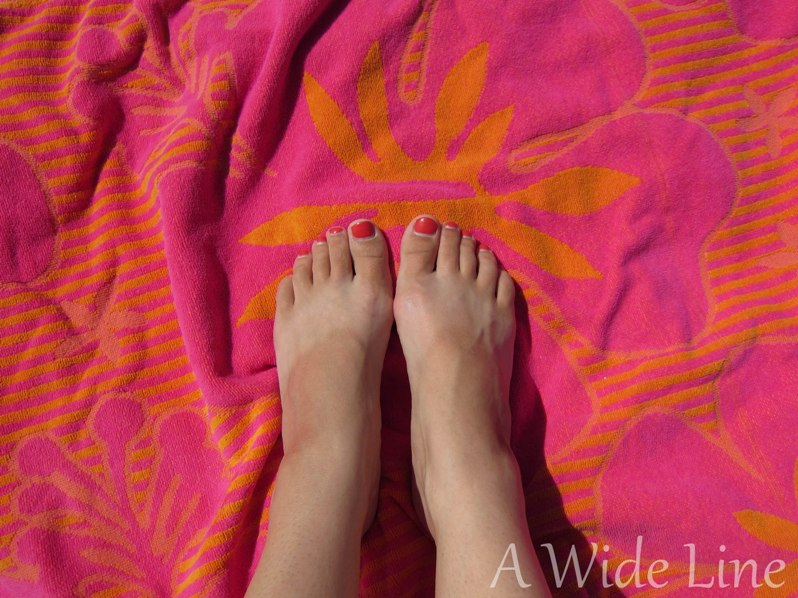 how to get rid of tan lines on feet