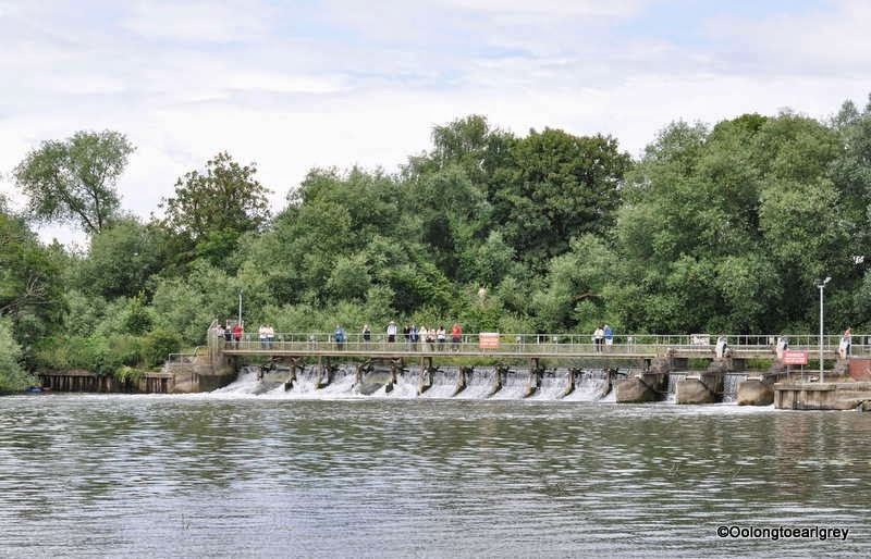 The Lock and Weir falls, Abingdon-on-Thames, Oxfordshire, UK