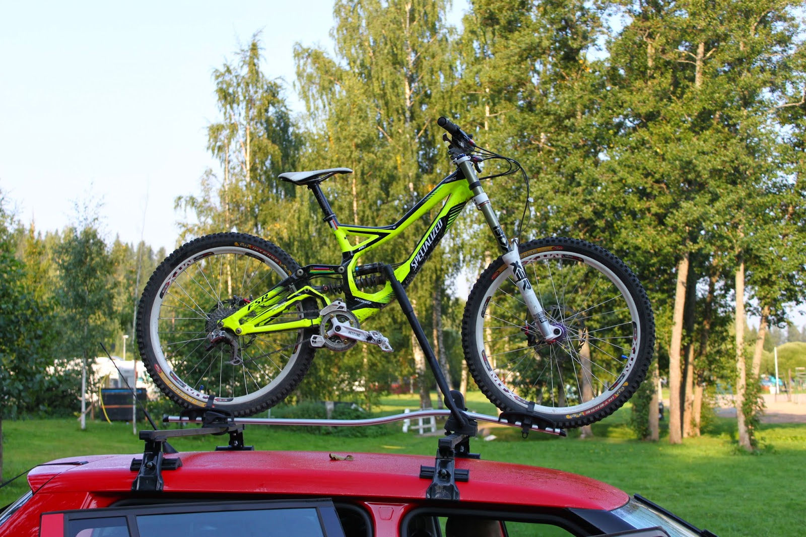 van 39 s mountain bike thule proride 951 review. Black Bedroom Furniture Sets. Home Design Ideas