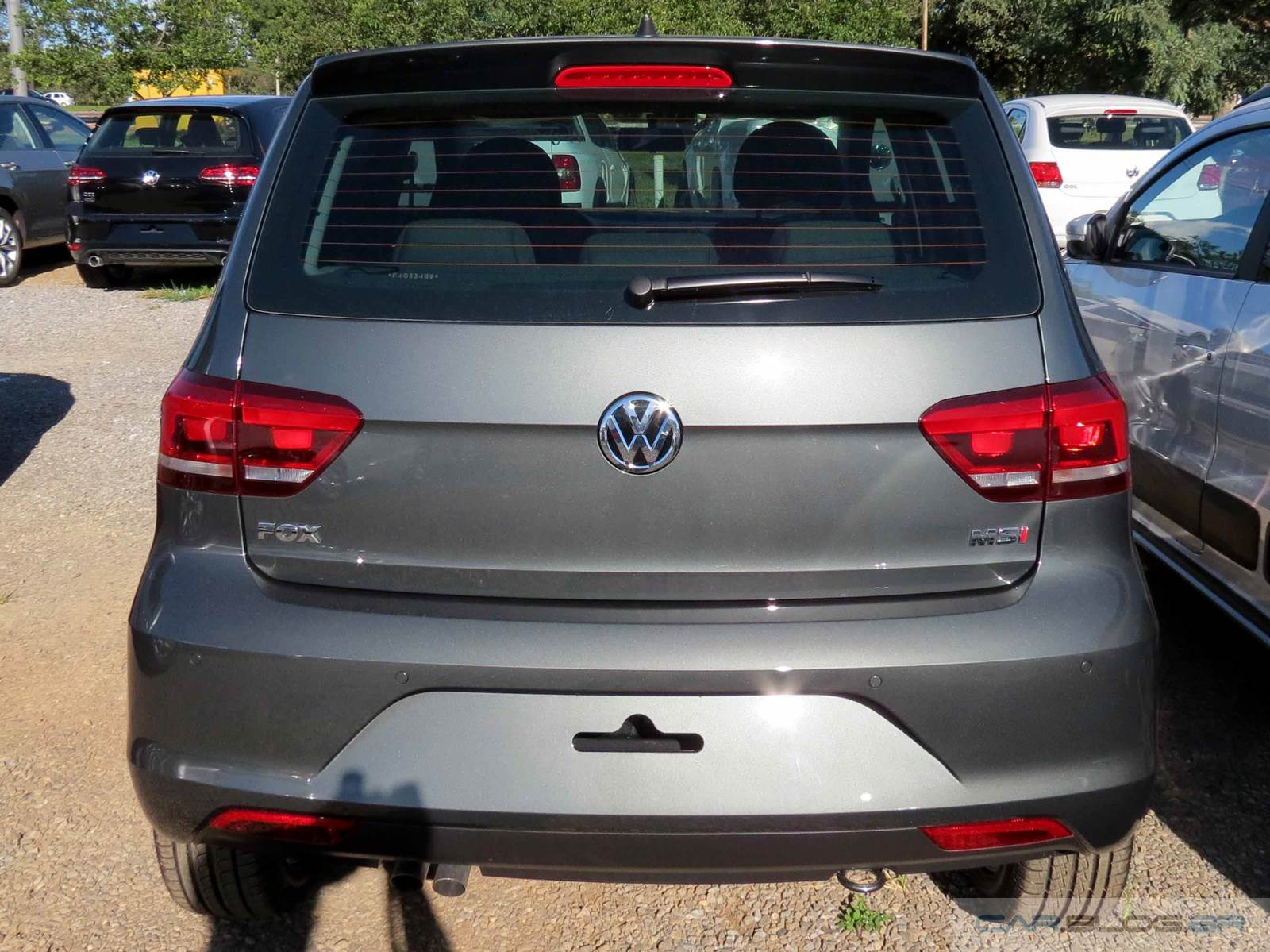 VW Fox Highline 2015 Cinza Quartzo