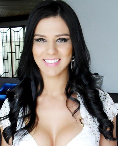 La hermosa brasilera Eva Andressa