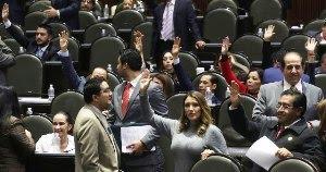 """El PRI se despacha: será delito publicar una verdad si se considera que """"desprestigia"""" a alguien"""