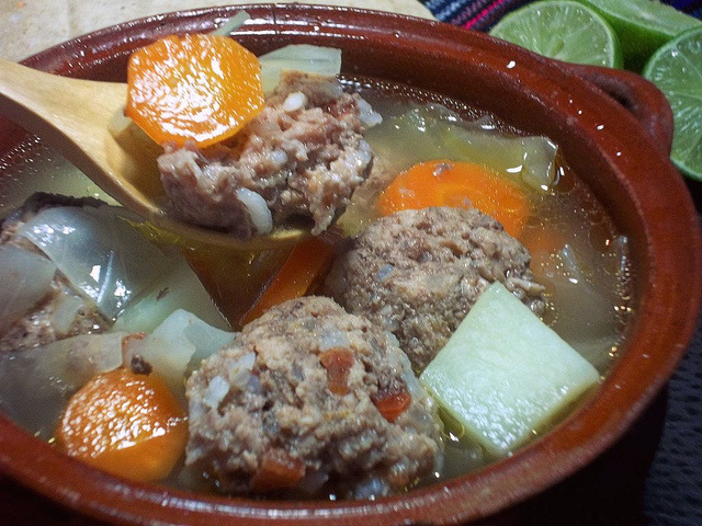 de albondigas de pollo chicken meatball soup mexican meatball soup