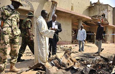 Atentado islâmico contra igreja católica na Nigéria