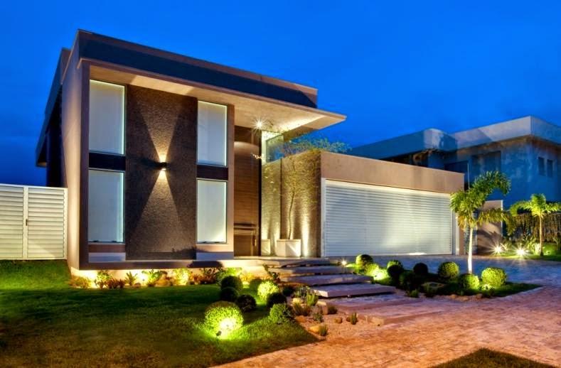 Fachadas de casas modernas com paisagismo e ilumina o - Fachadas grandes ...