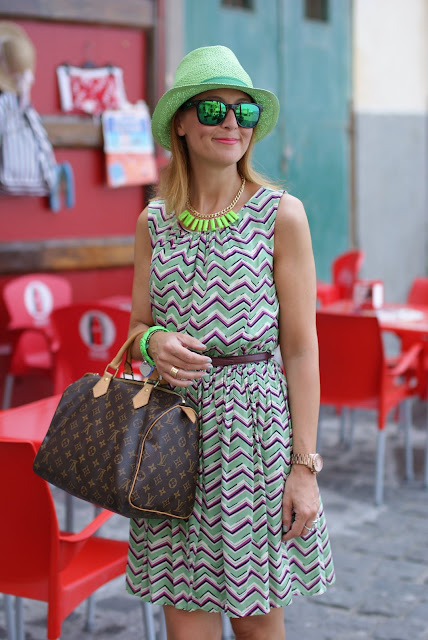 Darling Jordan dress, Oakley mirror sunglasses, Louis Vuitton Speedy 30, fashion blogger, Fashion and Cookies