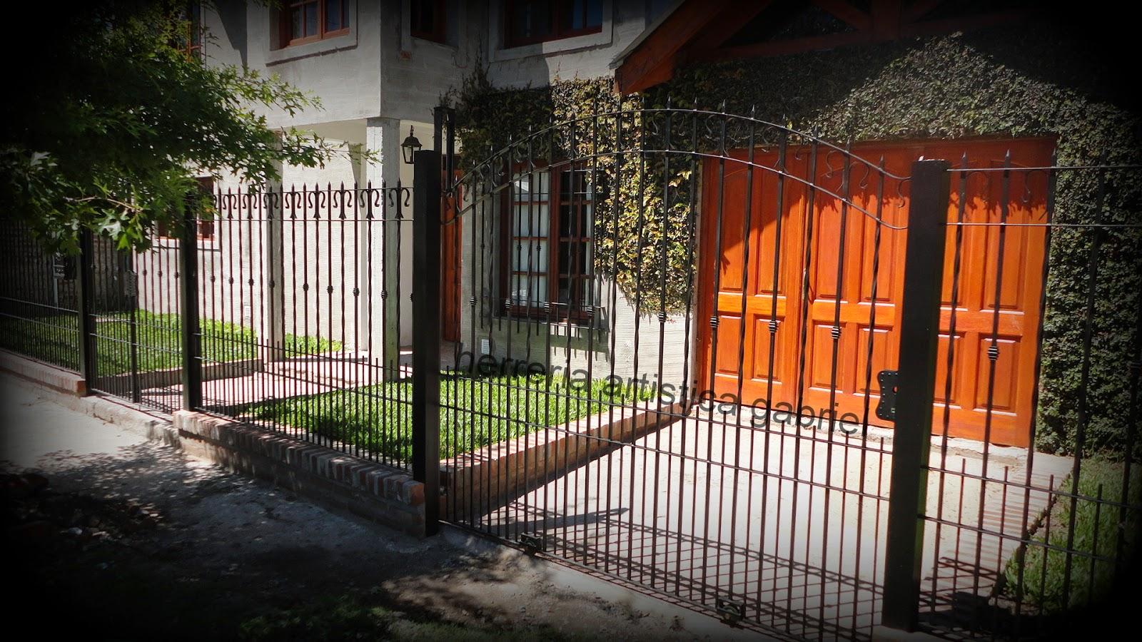 Herreria Artistica Gabriel M Paz Frente Colonial Y Puerta En  # Muebles Hierro Forjado Herreria Artistica
