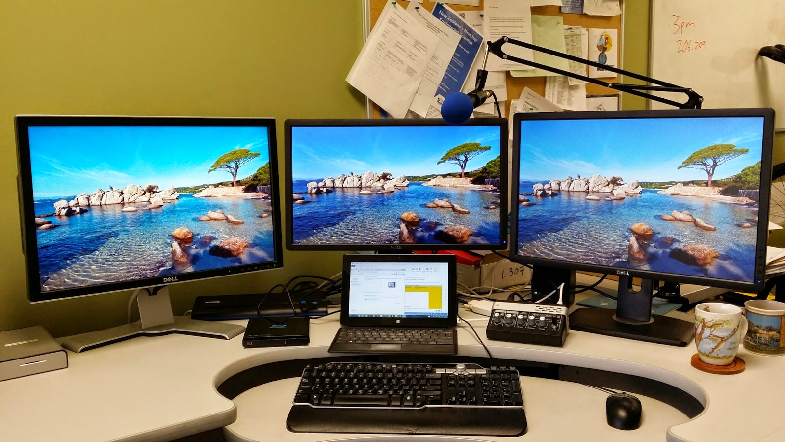 Surface Teaching Deep Learning How To Set Up Three Monitors With A Dual Monitor Wiring Diagram Pro