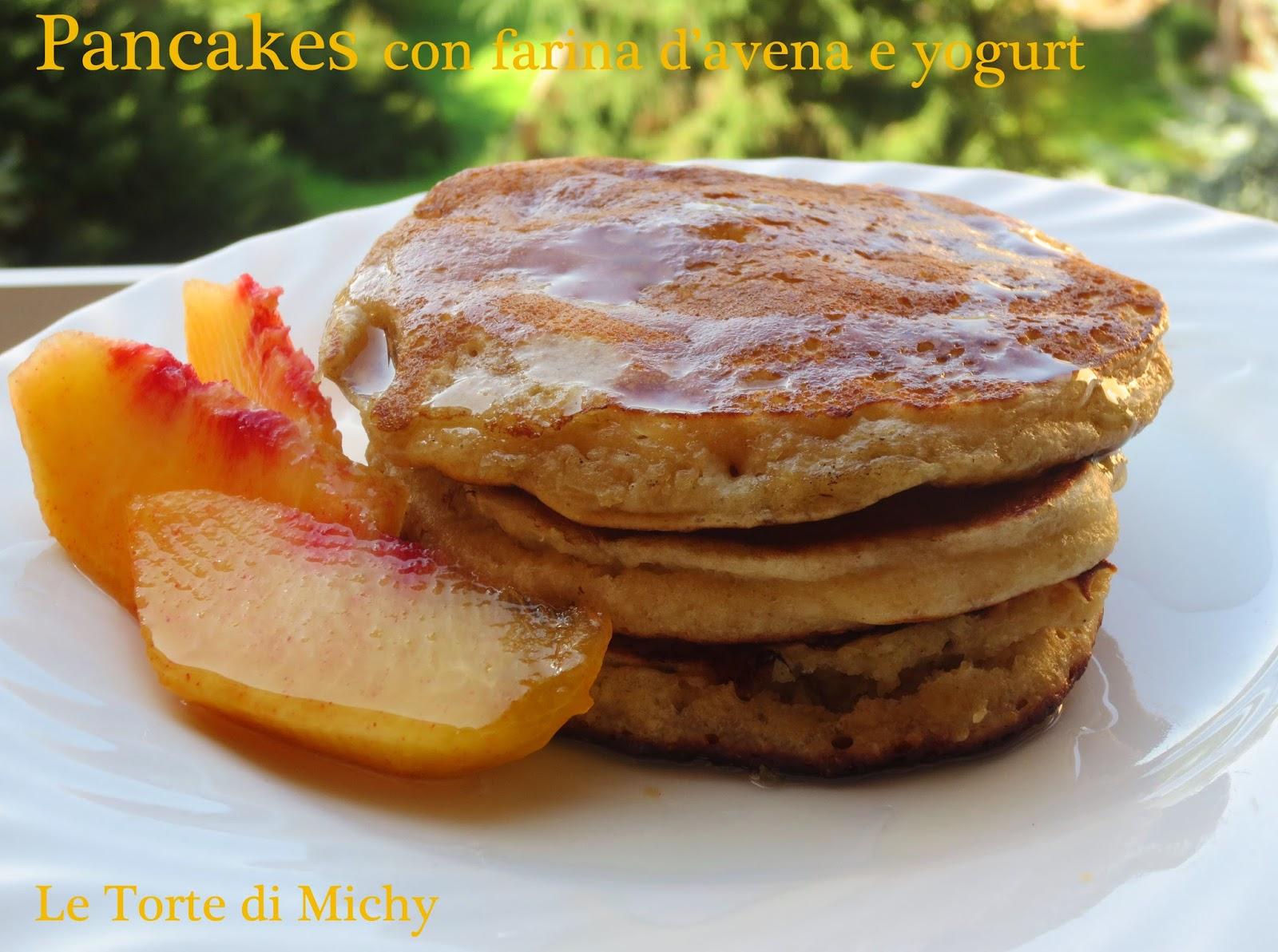 pancakes con farina d'avena e yogurt