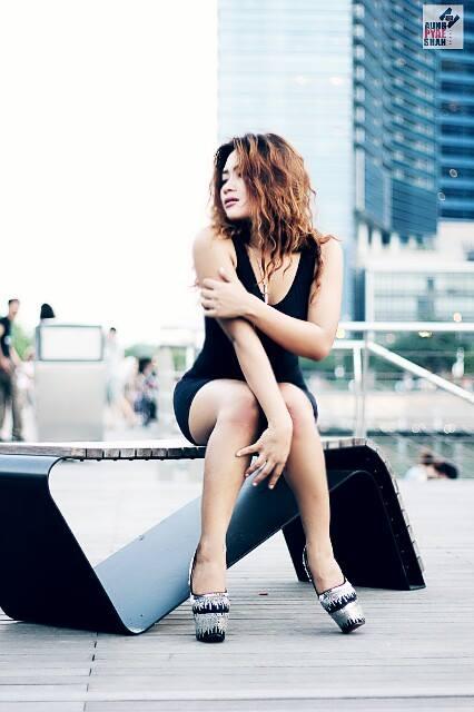 http://dotekyimaung.blogspot.com/2013/12/myanmar-sexy-singer-gone ...