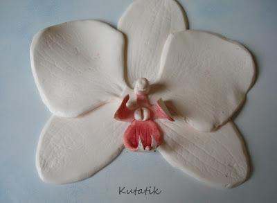 tutoriel comment faire une orchid e en fimo le blog de miss kawaii. Black Bedroom Furniture Sets. Home Design Ideas