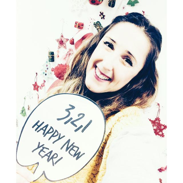 Mensagem de Ano Novo das Miúdas do Armazém